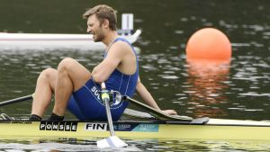 Robert Ven alkuerissään 2000 metrin matkalla soudun EM-kilpailuissa Glasgowssa Skotlannissa 2. elokuuta 2018.
