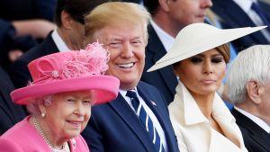 Elizabeth II, Donald Trump ja Melanie Trump.