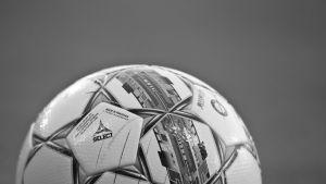 Yleiskuva jalkapallosta