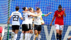 Saksa löi Espanjan 1-0 naisten jalkapallon MM-kisoissa Ranskassa.