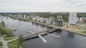 Joensuun Penttilänranta Pielisjoen rannassa.
