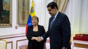 YK:n ihmisoikeuskomissaari Michelle Bachelet tapasi Venezuelan presidentin Nicolas Maduron 21. kesäkuuta Caracasissa.