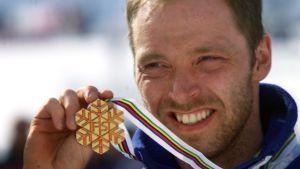 Mika Myllylä oli Ramsaun MM-hiihtojen tähti vuonna 1999.