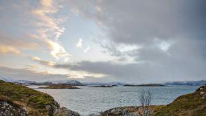 Sommarøyn saari Pohjois-Norjassa.
