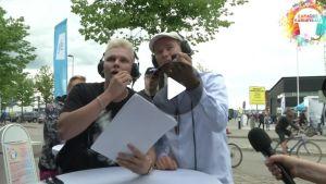 Arttu Lindeman ja Jaakko Parkkali Karaokekarnevaaleissa