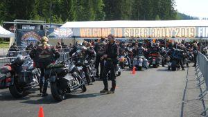 Harley Davidson -tapahtuma Jämsän Himoksessa kesäkuussa 2019.