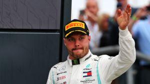 Valtteri Bottasta korpesi tappio Silverstonen radalla.