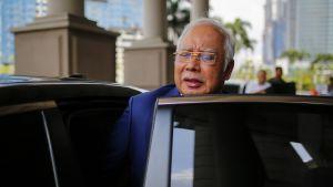 Malesian entinen pääministeri Najib Razak saapui 16.7.2019 oikeuteen Kuala Lumpurissa vastaamaan korruptio- ja kavallussyytteisiin.