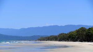 Kuolemansairaan naisen haave päästä rannalle johti tapahtumaketjuun, jonka myötä Queenslandiin perustetaan viimeisiä toiveita toteuttava ambulanssi. Kuva on Queenslandista viime vuoden elokuulta. Kuvituskuvaa.