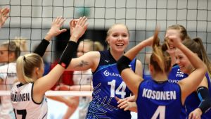 Suomen lentopallonaiset