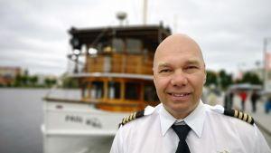 Janne Leinosen laivastoon kuuluu tällä hetkellä useita Savonlinnan satamasta käsin operoivia aluksia.