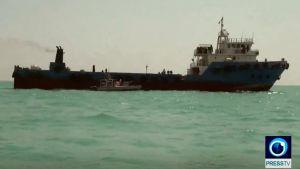 laiva merellä