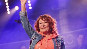 Pop-, rock- ja iskelmälaulaja Virve Vicky Rosti sai vuoden Iskelmä-Finlandia -palkinnon Nokialla 8. elokuuta.