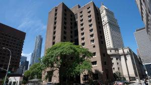 The Metropolitan Correctional Center -vankila kuvattuna New Yorkissa 10. elokuuta, jossa Jeffrey Epsteinia pidettiin tutkinnan aikana.