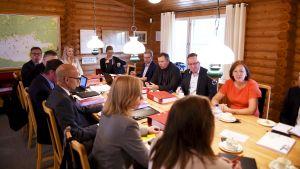 Vuoden 2020 talousarvioehdotuksen neuvottelut käynnissä Espoossa 13. elokuuta.
