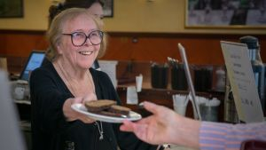 Gunvor Backman, kahvilayrittäjä, (omistaja) Café Esplanad
