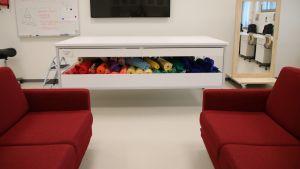Tekstiilityön luokka Pontuksen koulussa.