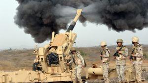 Saudi-Arabian armeijan sotilaita kuvattuna maan eteläosassa sijaitsevan Jizan kaupungin lähettyvillä. (Arkistokuva)