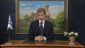 Deepfake-tekniikalla toteutettu presidentti Sauli Niinistön puhe. Niinistön kasvot on tietokoneavusteisesti siirretty imitaattori Jarkko Tammisen kasvojen päälle.