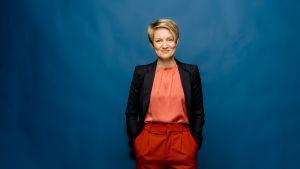 A-studion juontaja Katri Makkonen
