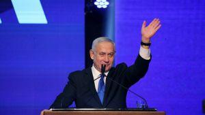Pääministeri Benjamin Netanjahu piti puhetta Likud-puolueen vaalitilaisuudessa Tel Avivissa.