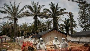 Kongon väkivaltaisuudet huolestuttavat Maailman terveysjärjestö WHO:ta. Kuva ebolatartunnan saaneiden hoitoleiriltä Pohjois-Kivusta.