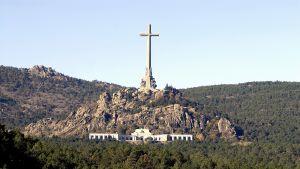 Francon mausoleum.