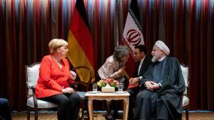 Saksan liittokansleri Angela Merkel ja Iranin presidenttin Hasan Rouhani 24. syyskuuta New Yorkissa.