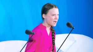 Greta Thunberg puhuu YK:n ilmastokokouksessa New Yorkissa.