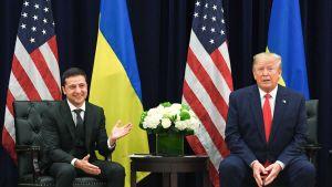 Presidentit Donald Trump sekä Volodymyr Zelenskyi puhuivat toimittajille YK:n kokouksen yhteydessä New Yorkissa.