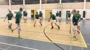 Tornion Palloveikkojen futsal-liigajoukkueen harjoitukset.