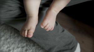 Lapsen jalat