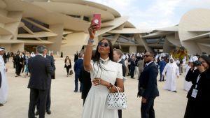 Naomi Campbell Qatarin kansallismuseon avajaisissa.