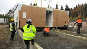 Rovaniemen kaupungin teknisen toimen toimistoparakki rakenteilla