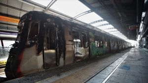 Pahoin palanut metro Elisa Correan asemalla Santiagossa.