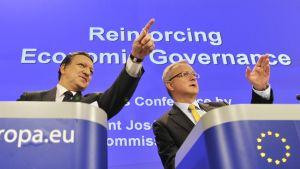 Jose Manuel Barroso ja Olli Rehn 12. toukokuuta 2010