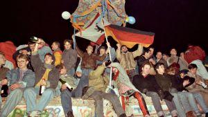Berliinin muuri murtui 1989