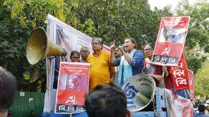 Mielenosoitus Nusrat Jahan Rafin puolesta huhtikuussa 2019.