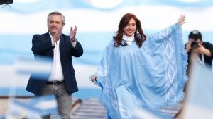 Opposition ehdokas Alberto Fernandez voitti presidentinvaalit Agentiinassa.
