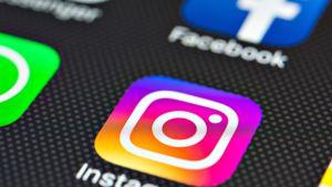 Instagramin logo älykännykän näytöllä.