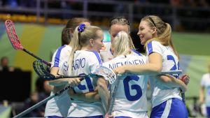 Suomen naisten salibandymaajoukkue Puola-ottelu