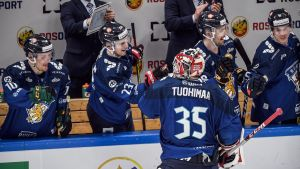 Frans Tuohimaa teki 5–1-maalin maajoukkuedebyytissään Ruotsia vastaan 14.12.2019