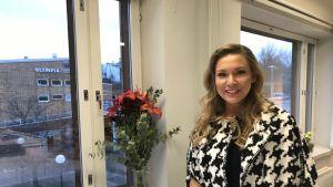 Sari Nevanlinna valittiin vuoden nuoreksi johtajaksi.