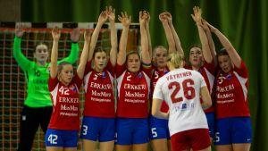 Käsipallokuvaa naisten SM-sarjasta 2019-20