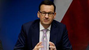 Arkistokuva. Puolan pääministeri Mateusz Morawiecki kuvattuna EU-kokouksessa Brysselissä 13. joulukuuta.