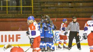 Tyttöleijonat kukisti MM-puolivälieräottelussa Tshekin 3–1.
