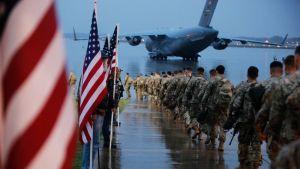 USA:n sotilaita lähdössä kohti lähi-itää