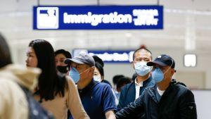 Matkustajia saapumassa Guangzhousta, Kiinasta  Ninoy Aquinon kansainväliselle lentokentälle 22. tammikuuta.
