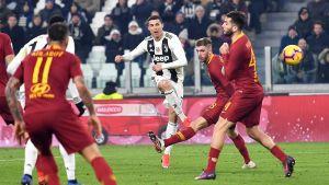 Juventuksen Cristiano Ronaldo AS Romaa vastaan