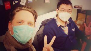 Kiinan Hangzhoussa liike-elämän parissa työskentelevät suomalaistaustaiset Lauri Tammi ja Tianyi Pan.